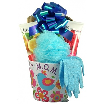 Celebrating Mom! A Gift Basket For Mom
