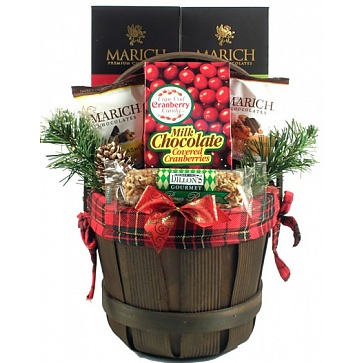 Holiday Traditions Gift Basket (Medium)