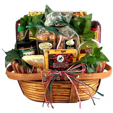 The Midwesterner Cheese And Sausage Gift Basket (Medium)