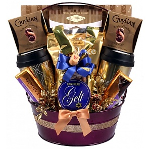 Hanukkah Surprise Luxury Sweets Gift Basket - Hanukkah Surprise Luxury Sweets Gift Basket #HanukkahGiftBasket