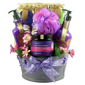 Aroma Therapy Spa Collection Gift Basket - Spa Gift Baskets for Women