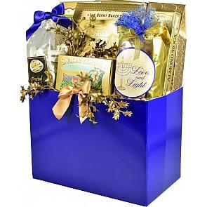 Elegant Gourmet Hanukkah Gift Basket (Large)