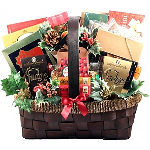 The Grandest Of Them All Deluxe Holiday Gift Basket (Medium) - The Grandest Of Them All Deluxe Holiday Gift Basket (Medium) #ChristmasGiftBasket