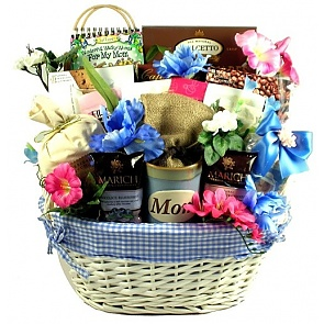 Love You Mom! Mother's Day Gift Basket -