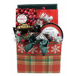Traditional Christmas Gift Basket (Small) - Traditional Christmas Gift Basket (Small) - #ChristmasGiftBaskets